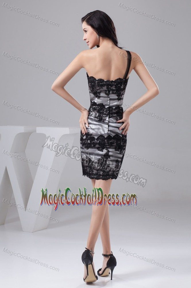 New Jersey Appliques One Shoulder Black and White Cocktail Dress