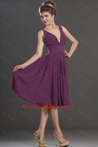 Perfect V Neck Short Cocktail Dresses in Eggplant Purple