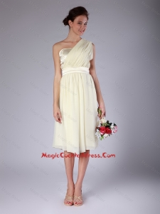 Pretty Knee Length One Shoulder Cocktail Gowns in Light Yellow