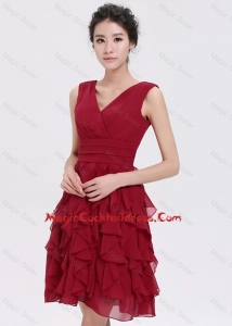 Beautiful V Neck Ruffles Short Cocktail Dresses in Burgundy