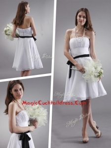 Cheap Strapless Sashes Knee Length Cocktail Dresses in White