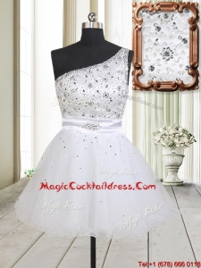 Fashionable One Shoulder Beaded Bodice Zipper Up White Cocktail Dress in Tulle