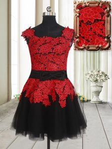 Tulle Square Sleeveless Zipper Appliques Cocktail Dress in Red And Black