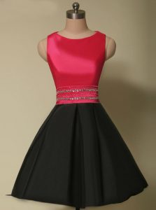 Scoop Sleeveless Satin Mini Length Lace Up Cocktail Dresses in Red And Black with Beading