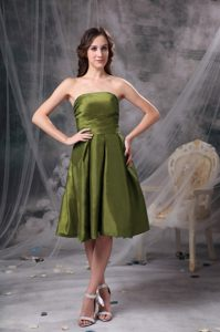 Strapless Olive Green Knee-length Cocktail Dress for Prom in Boise Idaho