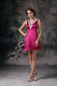 Fuchsia Beaded V-neck Cocktail Dress by Taffeta in Mini-length for 2013 Bismarck
