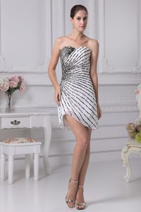 White Sweetheart Mini-length Jackson Prom Cocktail Dress Decorated by Black Sequins