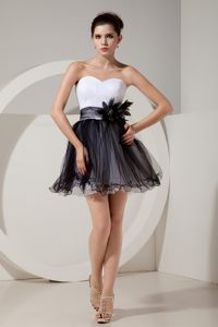 Black and White Handle Flowers Prom Cocktail Dress in Bautzen Germany