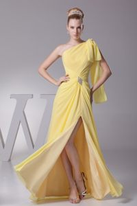 Slit One Shoulder Ruched Beading Yellow Las Matas Spain Cocktail Dress