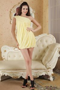 Column One Shoulder Homecoming Cocktail Dresses in Light Yellow