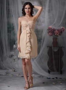 Champagne Column Sweetheart Mini-length Ruched Cocktail Dress