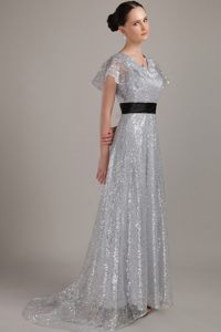 Grey V-neck Brush Train Sequin Cocktail Dresses Decorated Black Sash