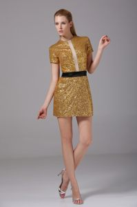 Short Sleeves and Round Neck Neck Sequin Mini Gold Prom Cocktail Dress
