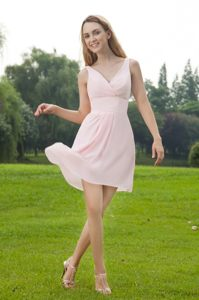 Mini-length Baby Pink Chiffon Cocktail Dresses with V-neck Cheap