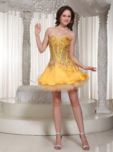 Beaded Sweetheart Mini-length Gold Prom Cocktail Dress in Albany