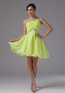 Beaded Yellow Green Cocktail Gown with One Shoulder in Frankfort