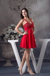 Half-open Back Red New Cocktail Dress with Rhinestone and V-neck