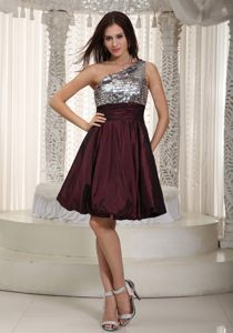 Burgundy One Shoulder Paillette Knee-length Evening Cocktail Dress