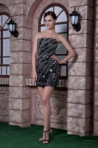 Cheap Black Column Sequins and Beading Short Prom Cocktail Dress in Hluhluwe