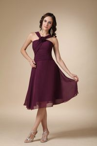 Dark Purple A-line V-neck Knee-length Cocktail Dress For Prom in Port Elizabeth