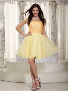 A-line Mini-length Pleats Accent Light Yellow Cocktail Dress For Prom in Midrand