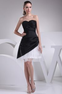 Sweetheart Black and White Short Cocktail Party Dresses in Grabouw with Ruche