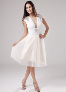 Dunkerque Scoop Neck Beading Ruched Tea-length Tulle Cocktail Dress