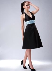 Black Halter A-line Belt Knee-length Cocktail Dress in Minnesota